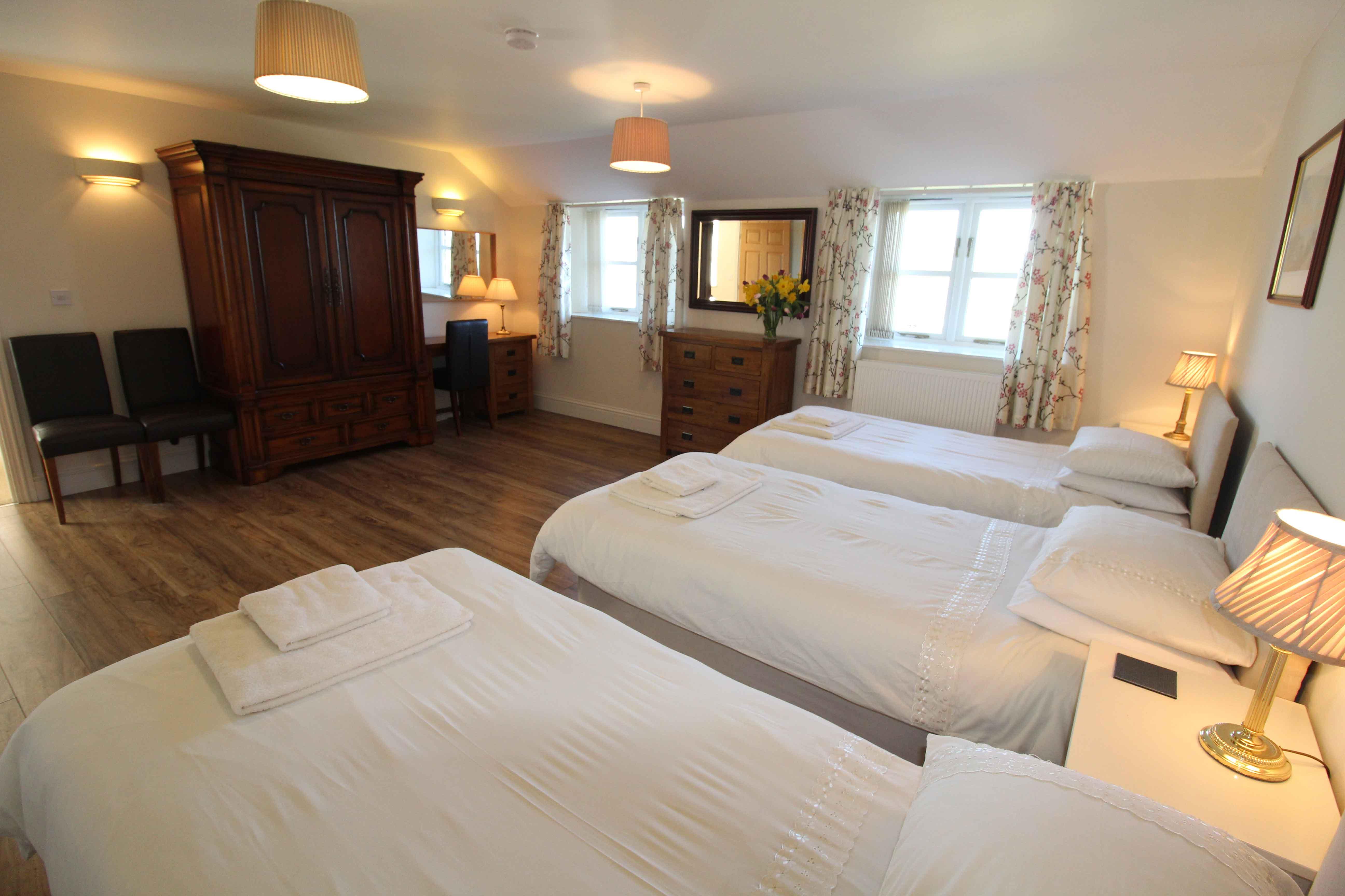 10-Briarhill---Triple-Bedroom-2