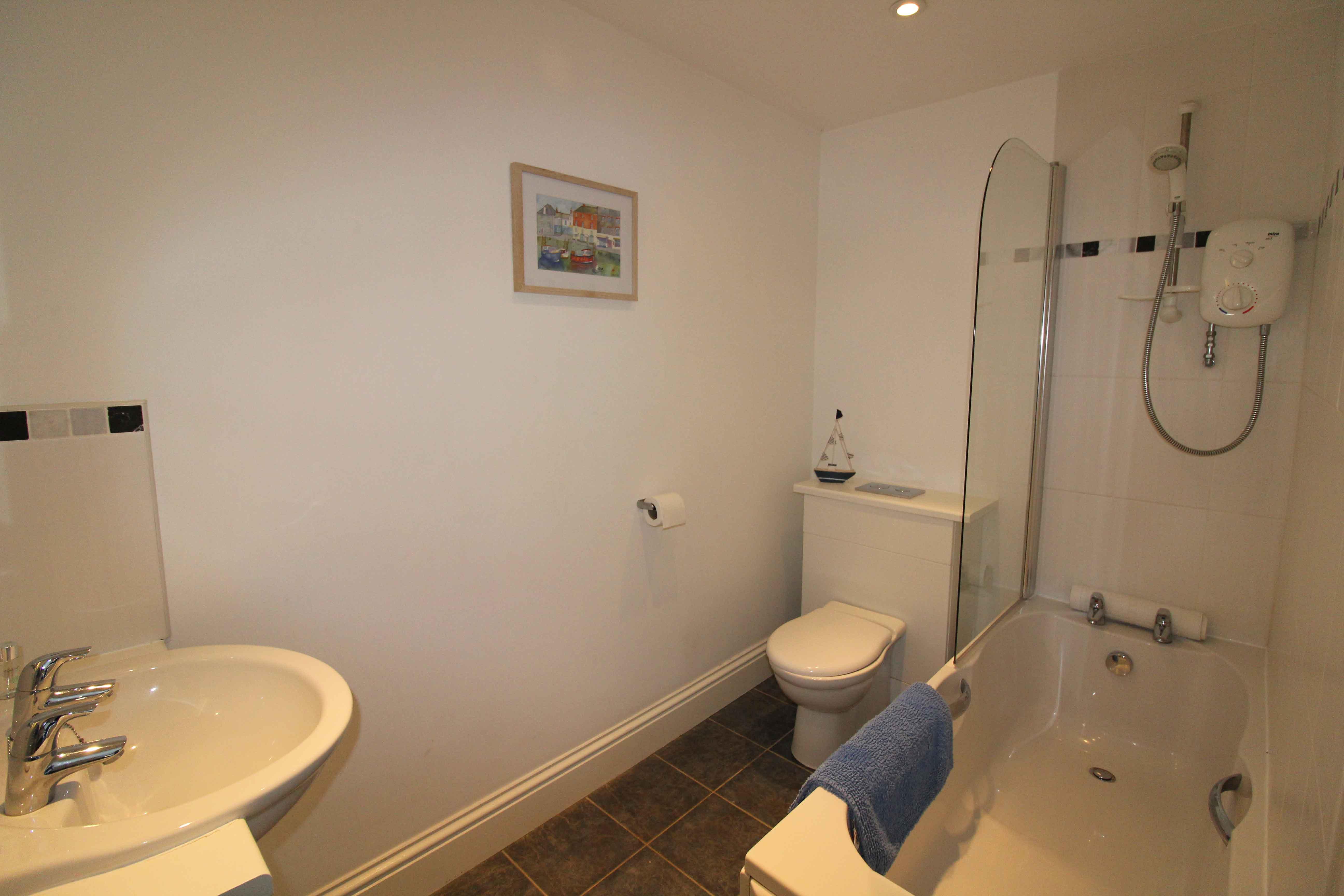 7-Briarhill---Master-Bedroom-en-suite